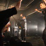 元康のロックバンドのステージ