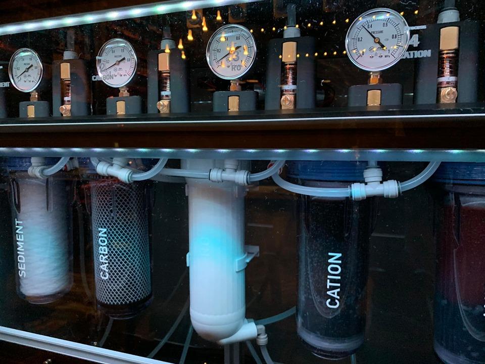 「A_RESTAURANT」に常設される「WOTA」の浄水システム。出汁に合う、水割りに合う水質なども設定できる