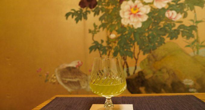 緑茶と日本酒のカクテル