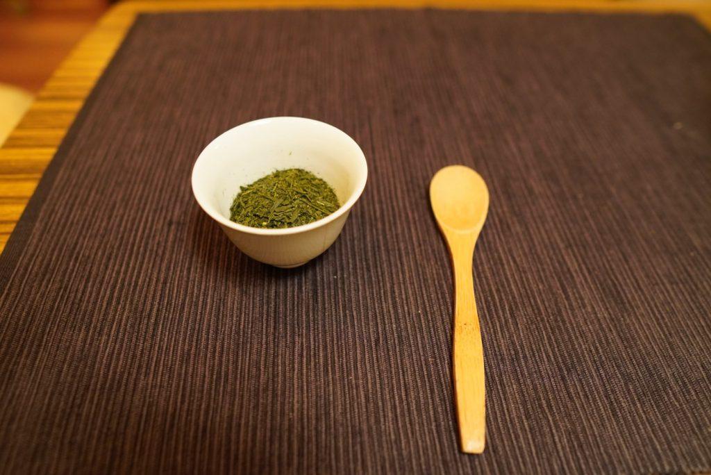日本酒カクテルに使う緑茶の茶葉